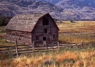 Abandoned Barn - 24x40 $285