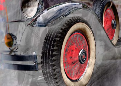 front wheel of a classic 1930 Packard